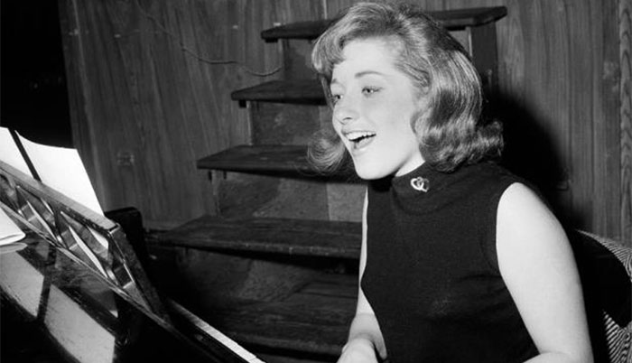 lesley-gore-3203