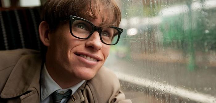 Stephen Hawking felicita a Eddie Redmayne por ganar un Óscar
