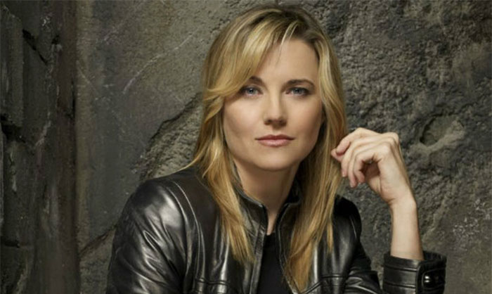 Lucy-Lawless-ew