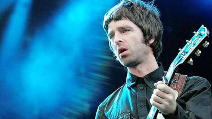 Noel-Gallagher-paul-2015-1