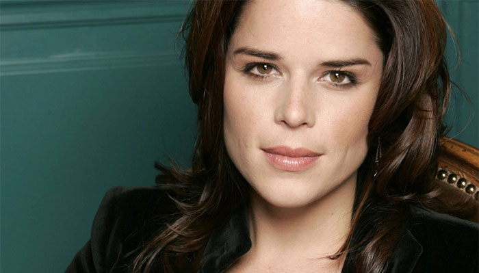 Neve-Campbell-house-cards