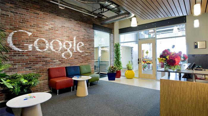 google-18-hq