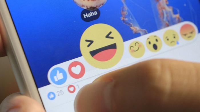 facebook-reaction324
