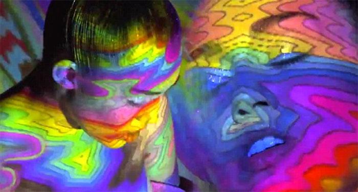 Miley-Cyrus-flaming-lips34