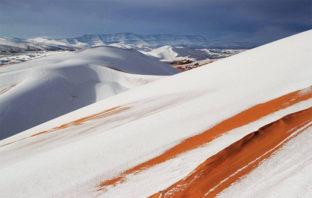 Cae nieve sobre el desierto de Sahara y las fotos son alucinantes