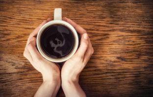 VÍDEO: Lo que le sucede a tu organismo cuando solo bebes café durante unos días