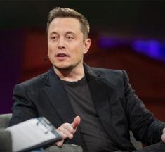 Elon Musk elimina las páginas de Tesla y SpaceX de Facebook