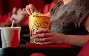 Netflix tiene una idea para solucionar el conflicto con las salas: comprar cines enteros