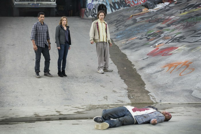 Walking-Dead-Spinoff-Full-700x467
