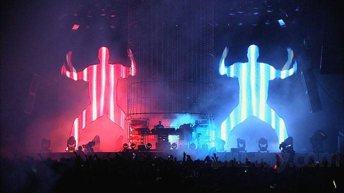 the-chemical-brothers-live-1