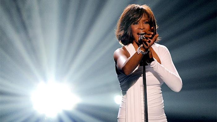 Whitney-Houston-holograma-4r