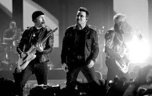 U2 estrenó el vídeo animado de 'Get Out of Your Own Way'