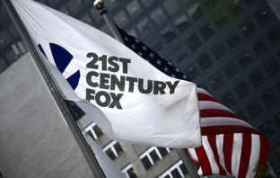 Disney planea agregar más efectivo a su oferta por Fox