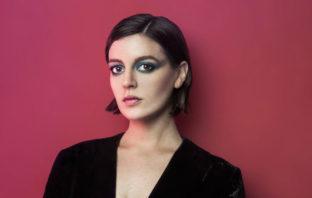 Paola Navarrete estrena Verde Fugaz, su segundo álbum de estudio