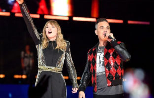 VÍDEO: Taylor Swift se une a Robbie Williams e interpretan el clásico 'Angels'