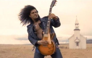 'November Rain' de Guns N' Roses hace historia en YouTube