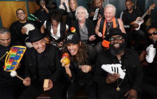 Aerosmith tocó 'Walk This Way' con instrumentos de juguete en el show de Fallon