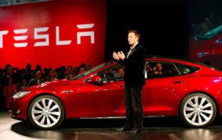 Manejar tu auto desde el celular podrá ser posible según Elon Musk