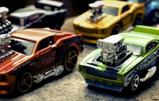 Warner Bros. prepara una versión live-action de Hot Wheels