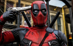 Kevin Feige confirma que 'Deadpool' seguirá siendo categoría R