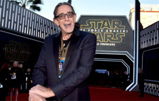 Muere Peter Mayhew, el actor que dio vida a Chewbacca en 'Star Wars'