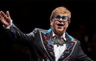 'Rocketman' está llena de excesos, afirma Elton John