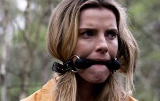 Mira el tráiler de 'The Hunt', lo nuevo de Blumhouse con Emma Roberts