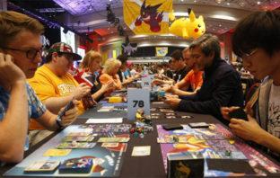 Cartas de Pokémon se venden en más de 100 mil dólares en subasta