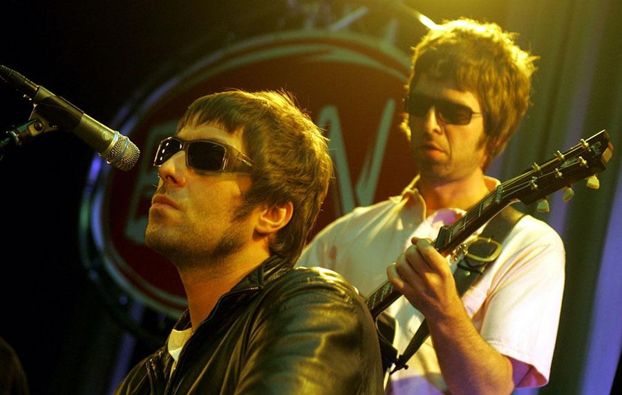 Liam Gallagher quiere reunir a Oasis para un show benéfico por el coronavirus