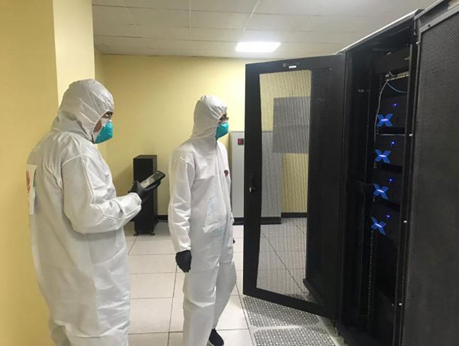 Técnicos de la empresa realizaron la instalación de la herramienta en la casa de salud. Foto: Cortesía